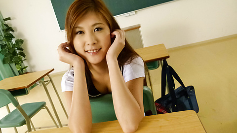 Yura Kasumi - Horny Yura Kasumi's asian schoolgirl blowjob and fucking - Picture 4