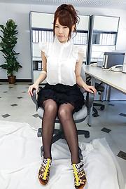 Yui Uehara - Yui Uehara insuperb Japanese erotica solo - Picture 2