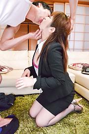 Cocolo - 与年轻公鸡大胸部惊人的性爱场面亚洲摩洛 - 图片 12