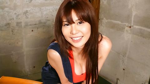 Karen Natsuhara - Karen Natsuhara fucked with toys in a japanese bondage video - Picture 2