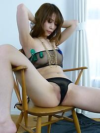 Rika Aiba - 兩人從摩伊Rika Aiba得到日本口交 - 圖片3