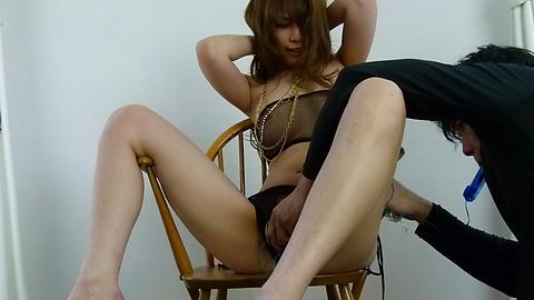Rika Aiba - 兩人從摩伊Rika Aiba得到日本口交 - 圖片9