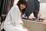 Momoka Rin gives an asian blowjob to swallow his jizz Photo 3