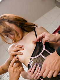 Mai Shirosaki - 麦 Shirosaki 获取日本 bukkake 后硬他妈的 - 图片 3
