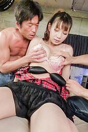 Natsuki Shino - นัตสึชิโนะให้งานเป่าเอเชียก่อนที่เธอจะระยำและครีม -  4 รูปภาพ
