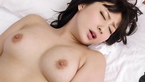 Megumi Haruka - Megumi Haruka's japanese vibrator makes her pussy purr - Picture 7