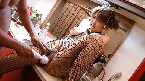 Big tits Japanese hottie enjoys proper oral stimulation