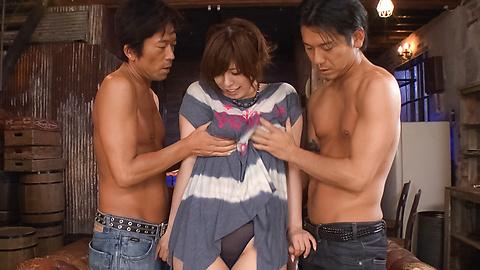 Ririsu Ayaka - Busty Ririsu Ayaka dalam video xxx seks Jepang - gambar 2