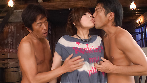 Ririsu Ayaka - Busty Ririsu Ayaka dalam video xxx seks Jepang - gambar 3