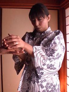 Ryoko Murakami - Gorgeous Asian milf fucked with Asian dildos - Screenshot 2
