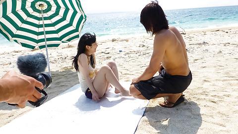 Hina Maeda - Beach creampie asian Hina Maeda fucks outdoors - Picture 5