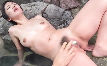 Sakura Aida enjoys Asian cum on mouth after oral sex