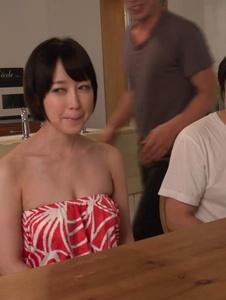 Yu Shinoda - ญี่ปุ่นระเบิดงานสอง Cocks ด้วยรึเปล่า ยู ชิโนดะ -  2 รูปภาพหน้าจอ