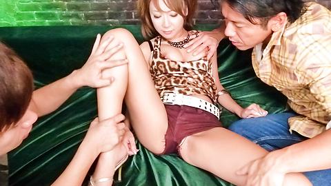 Ryo Akanishi - ญี่ปุ่น blowjobs ร้อนจากเรียวอาคานิชิหลังจากของเล่นระยำ -  6 รูปภาพ