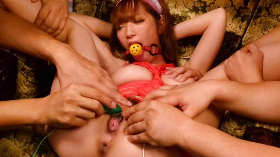 Franchzca Valentina巨乳でムチムチで美乳の看護師ナースの、フェラ顔射乱交無料エロ動画ぶっかけ、、媚薬動画笹倉みをささくらみお三島市