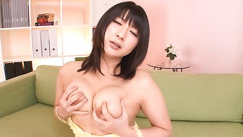 Megumi Haruka - Teen Megumi Haruka swallows loads of hot asian cum - Picture 3