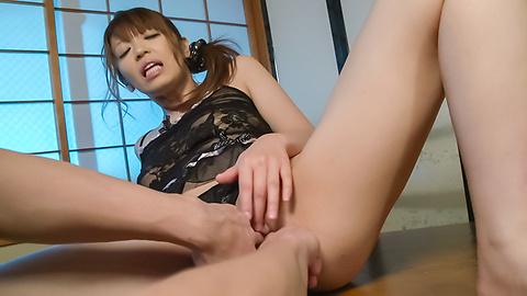 Hina Misaki - ญี่ปุ่นชักว่าวโชว์ด้านบนร้อนรึเปล่า ฮินะ มิซากิ -  5 รูปภาพ