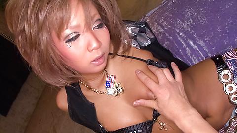 Riku Hinano - Ayam lapar Asia sayang busty membelai dan mendapatkan kacau jauh di dalam dia merenggut bersemangat - gambar 5
