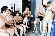Mahiru Tsubaki sexy body swarmed by vibrators Photo 2