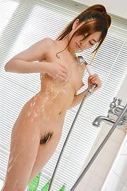 Maki Horiguchi - Japan erotic shower with young Maki Horiguchi  - Picture 12