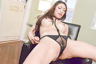 BustyReiko Kobayakawa swallows jizz while maturbating