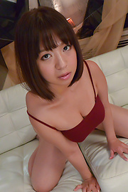 Wakaba Onoue - Superb Wakaba Onoue gives top Asian blowjob  - Picture 3