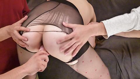 Maki Mizusawa - Maki 水泽在热气腾腾的亚洲口交色情表演 - 图片 7