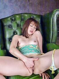 Maki Sarada - Asian amateur scenes along naughty Maki Sarada  - Picture 2