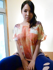 Miho Tsujii - Hot bukkake asian girl Miho Tsujii masturbates - Picture 1