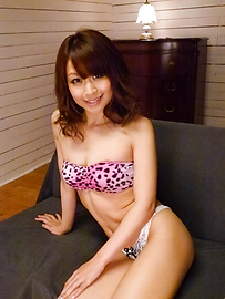 Maika - Maika's cumming thanks to asian sex masturbation - Picture 4
