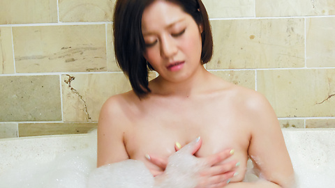 Minami Asano - Minami Asano plays with her pussy in the shower  - Picture 8
