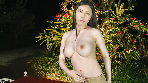 Sofia Takigawa - Asian amateur video with brunette Sofia Takigawa - Picture 4