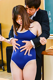 Kaho - Chubby Asian schoolgirl loves cock in her twat - Picture 2