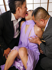 Maki Takei - Beautiful Asian blow job along superb Maki Takei  - Picture 3