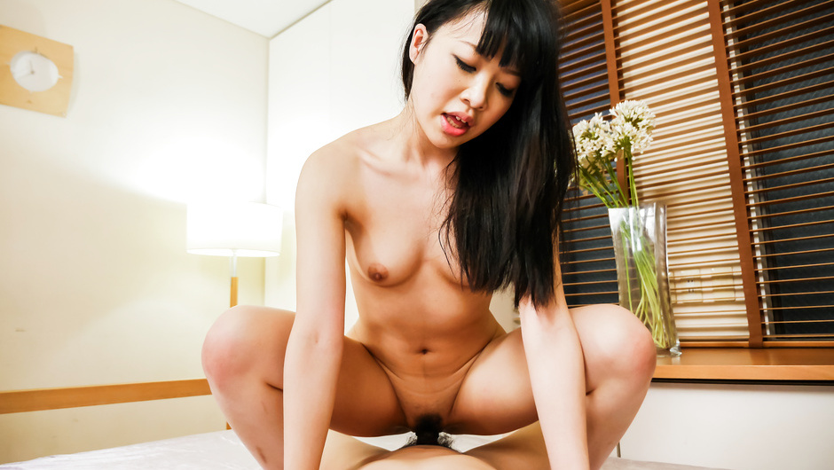 Perfect POV show along curvy ass Yui Ayase