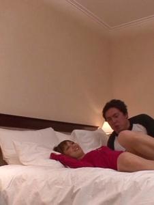 Kaorii - สาวเอเชียให้ blowjob ใน Threesome สกปรกไหม -  1 รูปภาพหน้าจอ