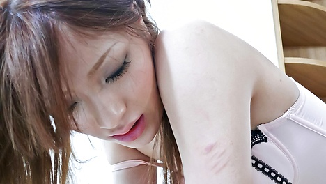 Pussy workout for Nana Kinoshita: toy fucking and fingering that cunt