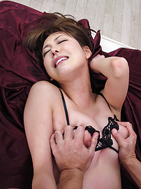 Akari Asagiri - เจาะสองเท่าของอาคาริซากิริ หลุม -  3 รูปภาพ