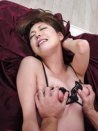 Akari Asagiri - Double Penetration For Akari Asagiri's Holes - Picture 3