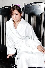 Mizuki Ogawa - 令人印象深刻的亚洲打击工作与性感水木小川 - 图片 4