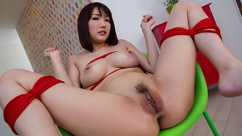 Mikuni Maisaki - Warm Asian blowjob by busty Japanese Mikuni Maisaki  - Picture 2