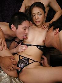 Sakura Hirota - 難以置信的性愛與Sakura Hirota離開她的creampied - 圖片10