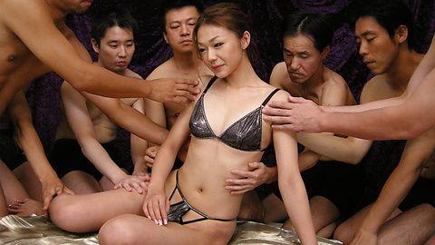Sakura Hirota - Incredible gangbang with Sakura Hirota leaved her creampied - Picture 2