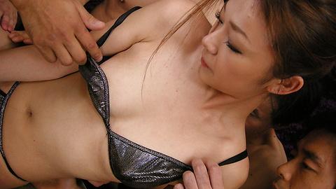 Sakura Hirota - Incredible gangbang with Sakura Hirota leaved her creampied - Picture 4