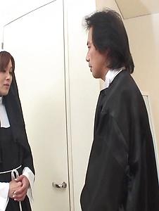 Hitomi Kanou - Hot orgy acition with smokin' Hitomi Kanou - Screenshot 1