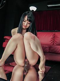 Nozomi Aiuchi - Nozomi Aiuchi rides a dildo in japanese bondage rope - Picture 10