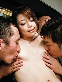 Maki Hojo - ร้อนเจี๊ยบญี่ปุ่นโฮโจ มากิ คนจัดการ -  3 รูปภาพ