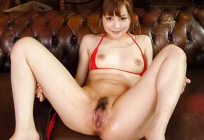 Maomi Nagasawa Fucked With A Vibrator In A Bikini