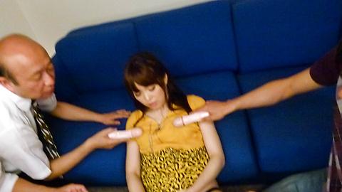 Moe Sakura - โม Sakura ให้พวกญี่ปุ่น blowjob ในขณะที่ masturbating -  12 รูปภาพ