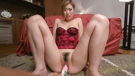 Young Kanako Kimura tries Japanese bg dildo on cam
